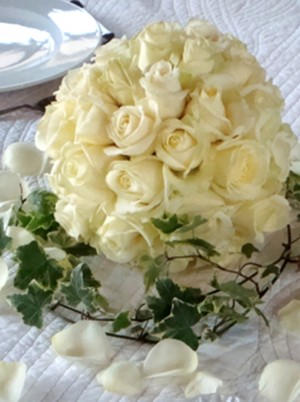 Mariage - centre rose blanche